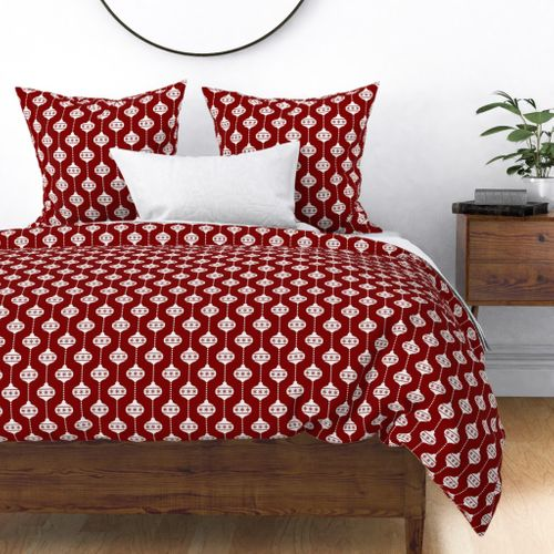 Large Dark Christmas Candy Apple Red with White Ball Ornaments Duvet Cover
