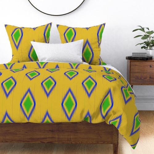 Ikat in Bright Yellow, Lilac and Hot Pink Geometric Shapes Duvet Cover
