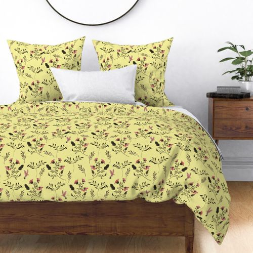 Rose Flowers  and Hummingbirds on Butter Yellow Duvet Cover