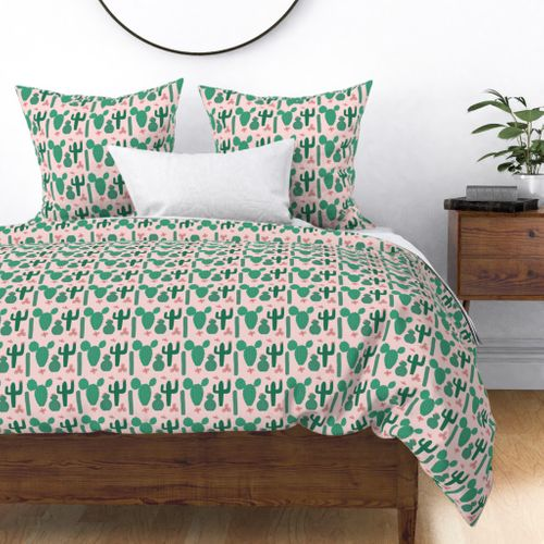 Green Cactus Shapes with Pink Cactus Flowers Duvet Cover