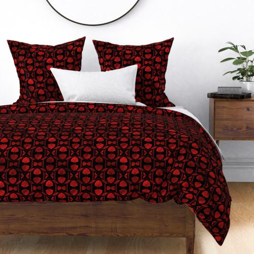 Scallop Shells in Black and Ruby Red Art Deco Vintage Foil Pattern Duvet Cover