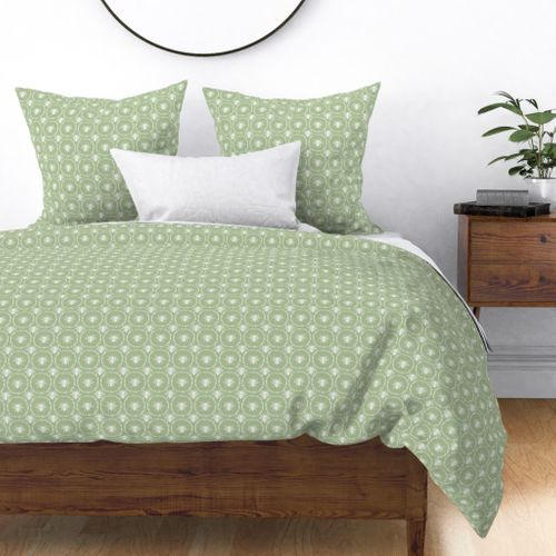 Bees Wreathed in White on Lambs Ear Green Duvet Cover