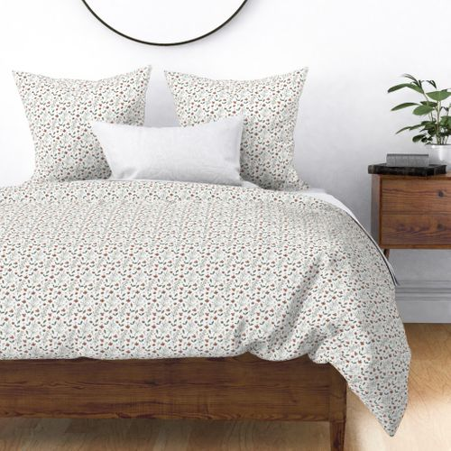 Ditsy Sienna and Moss Flowers and Vines Duvet Cover