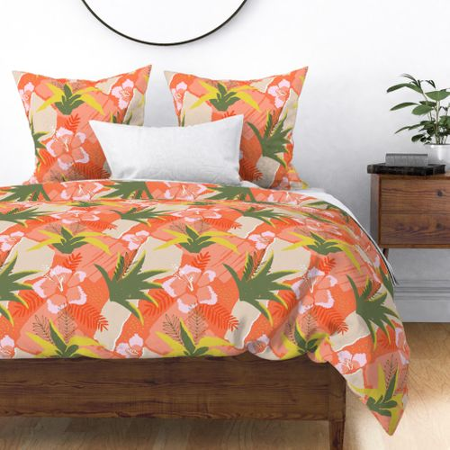 Large Coral Hibiscus Floral Abstract Seamless Repeat Pattern Duvet Cover